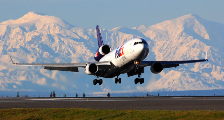 Anchorage, Pittsburgh Airports Partner  to Boost Air Cargo Operations