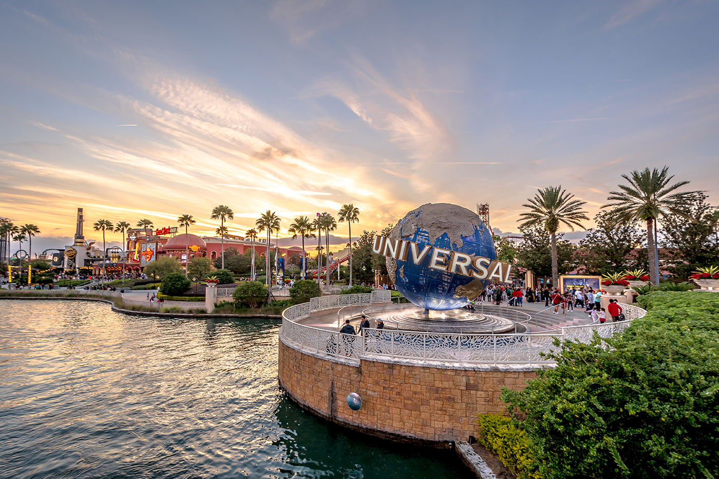 Travel To Orlando on Frontier Airlines